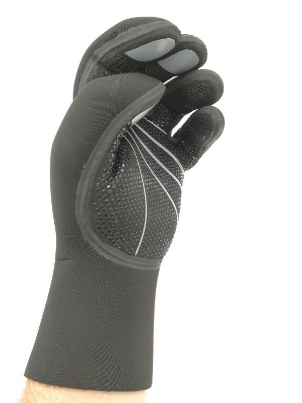 Guanti K01 5mm - I guanti perfetti per il subacqueo esigente 850cbf477844